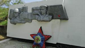 Реставрация памятника погибшим воинам-черноморцам в селе Айвовое 1